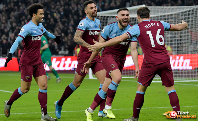 "Prediksi West Ham United vs Newcastle United ""width ="" 650 ""height ="" 400"
